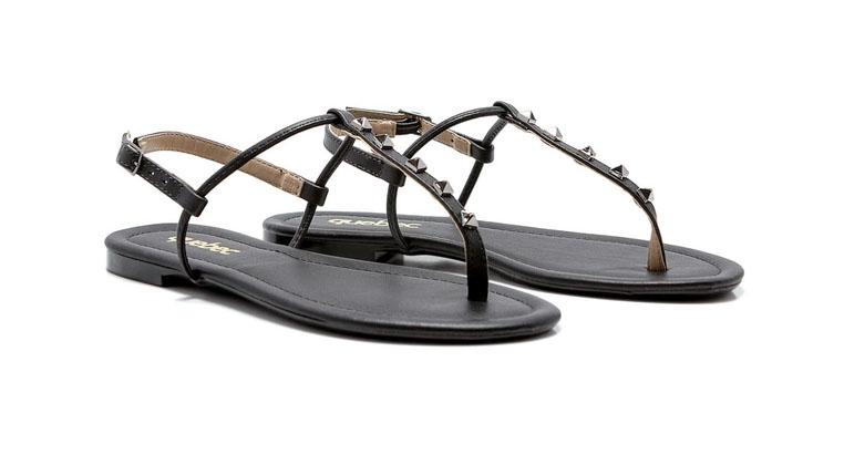 calçados femininos atemporais: sandália