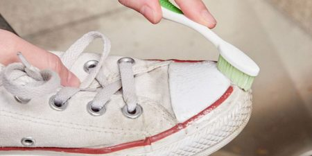 como deixar sola do tênis branca